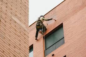 آب بندی نمای ساختمان در تهران قیمت آب بندی نمای ساختمان با طناب در تهران آب بندی نمای ساختمان با طناب و بدون داربست (به روش راپل)